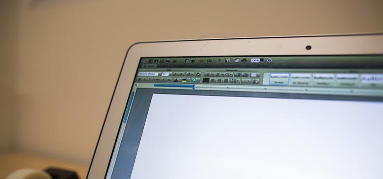 computer-screen770